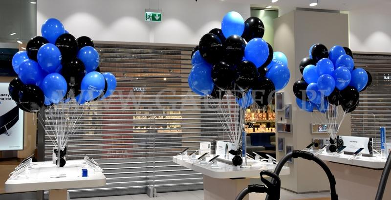 Balony Z Helem W Samsung Brand Store