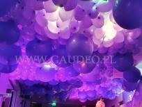 Balonowa dekoracja sufitu w hotelu w Olsztynie.