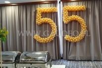Balonowa liczba 55 na event urodzinowy w Hotelu Haston.