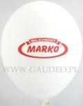Biały balon z czerwonym nadrukiem.