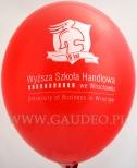 Logo WSH nadrukowane na balonie.