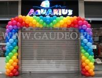 Brama balonowa w CH Atrium Targówek.