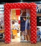 Brama balonowa w Wrocław Fashion Outlet