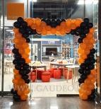 Brama z balonów dla salonu Orange.