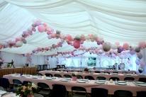 Balonowa dekoracja na imprezę urodzinową.