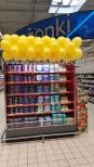 Dekoracja z balonów jako promocja serków.
