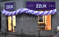 Girlanda z balonów na otwarcie sklepu w Krakowie.