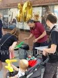 Robienie balonowych figurek dla dzieci.