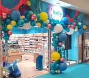 Balonowa dekoracja w Galerii Echo.