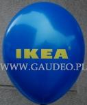 Granatowy balon z nadrukowanym żółtym logo IKEA.