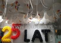 Dekoracja balonowa biura firmy AmRest we Wrocławiu.