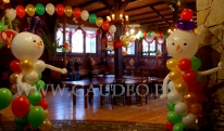 Balonowe bałwanki na świąteczny bal.