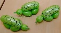Balonowe bransoletki żółwie.
