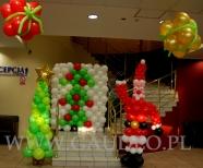 Balonowe dekoracje na evencie mikołajkowym w hotelu Orbita we Wrocławiu.