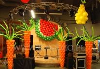 Balonowe warzywa na evencie firmowym z tematem przewodnim - W kuchni.
