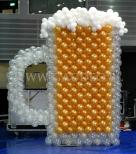 Kufel piwa z balonów na Karczmie Górniczej.