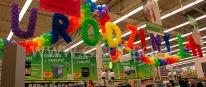 Balonowy napis wykonany z okazji urodzin marketu budowlanego.