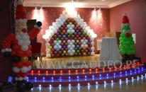 Balonowa dekoracja na event Świąteczny.