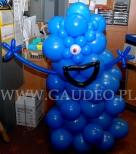 """Balonowy potwór wykonany dla kina na premierze filmu """"Potwory kontra obcy""""."""