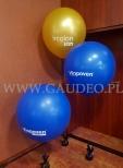 Balony olbrzymy napełnione helem.