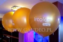 Balony złote giganty z białym nadrukiem.