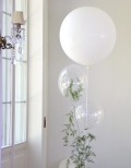 Balony z helem i asparagusem na wesele.