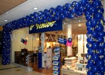 Brama balonowa na otwarcie nowego sklepu sieci Tchibo.