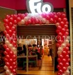 Brama balonowa z okazji promocji w sieci Flo.