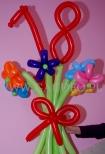 Bukiet z balonów na 18 urodziny.