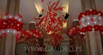 Dekoracje balonowe na bal sylwestrowy w Teatrze Lalek we Wrocławiu.
