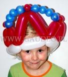 Dziewczynka w balonowej koronie.