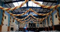 Girlandy balonowe w hali IASE we Wrocławiu na bal sylwestrowy.