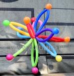 Kolorowe balony na imprezę w Parku Staromiejskim.