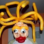 Maska z balonów.