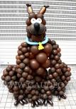 ScoobyDoo wykonany z balonów.