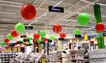 Dekoracja balonowa marketu Leroy Merlin.
