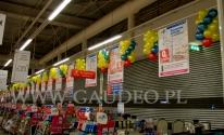 Sople balonowe w hipermarkecie Carefour.