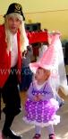Sukienka balonowa na zabawie dziecięcej.