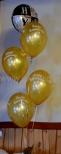 Sylwestrowy stroik z balonów helowych.