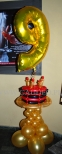 Tort z balonów na 9 urodziny klubu.