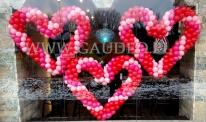 Balonowe serca jako dekoracja na walentynki.