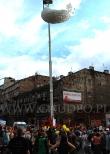 Siatka z balonami otwiera się, czyli kulminacyjny punkt Korowodu Praskiego.