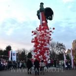 Patriotyczne wypuszczanie balonów.