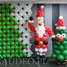 Dekoracja balonowa na świąteczną zabawę dla dzieci.