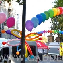 Dekoracja z balonów helowych.