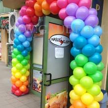 Brama balonowa na warszawskim Ursusie.